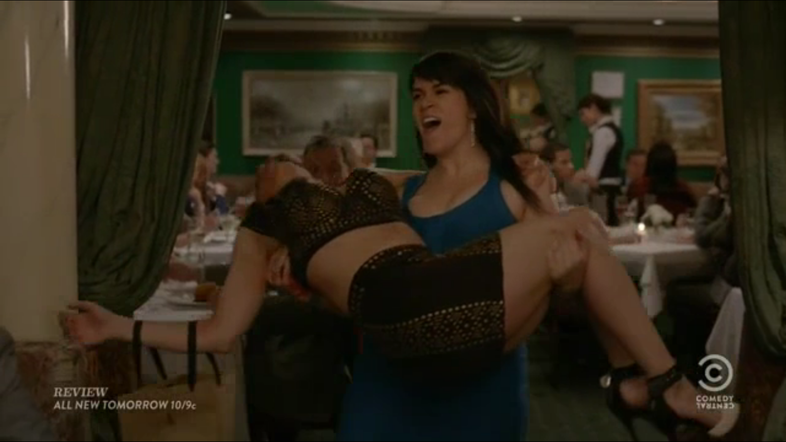 Broad City Season 1 Review